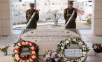 Теории заговора витают вокруг Арафата и после смерти